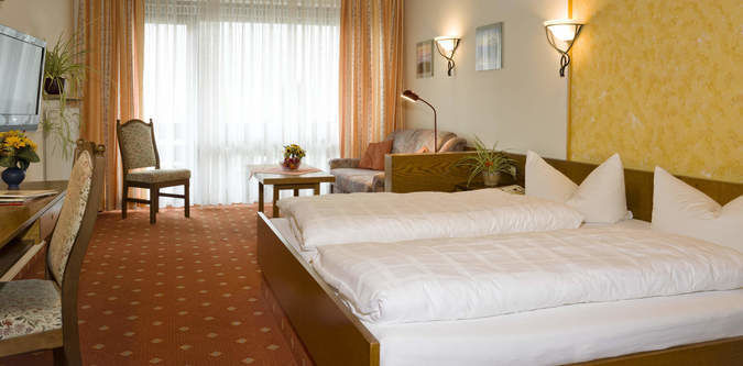 Online-Buchung Hotel Pension Cafe Bräukeller Lam Lamer Winkel ...